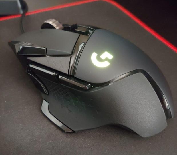 logitech g502 souris gaming avis